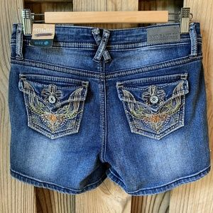Hydraulic Lola Curvy Jean Shorts Embroidered 5/6